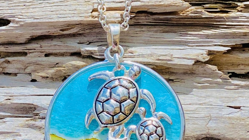 resin turtle necklace