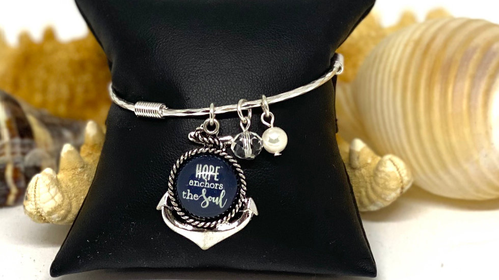 Anchor of hope bangle