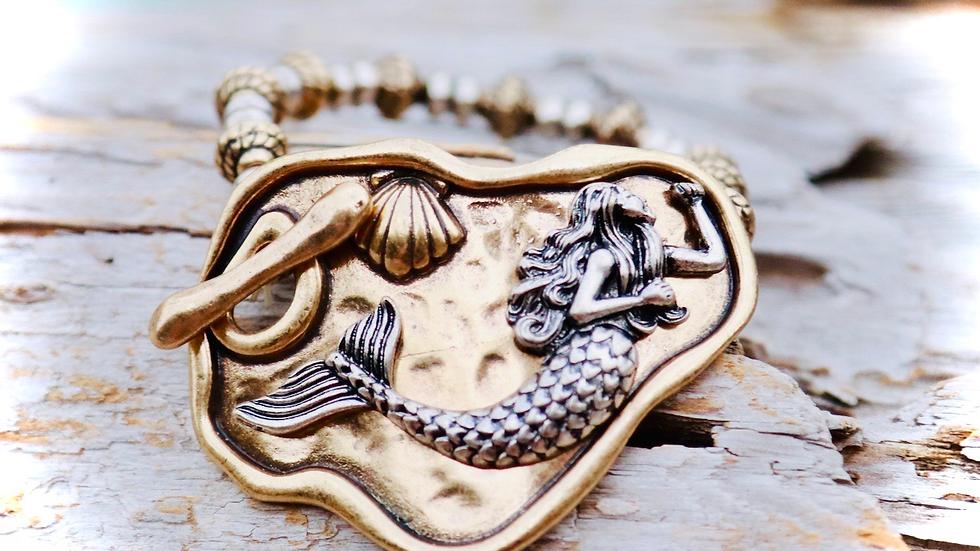 Mermaid buckle bracelet