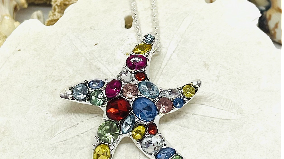 Rhinestone starfish necklace with 18 chain w/2 inch extension