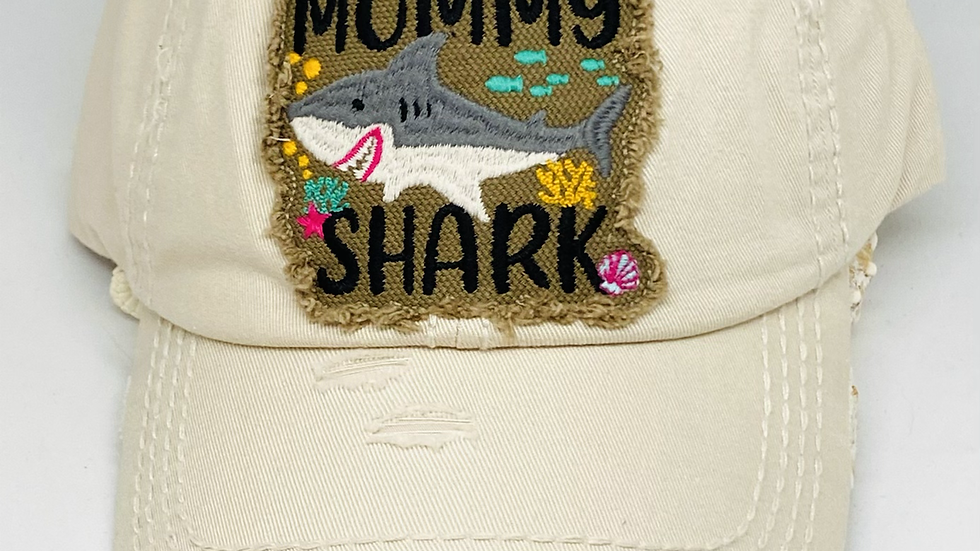 Mommy shark vintage cap