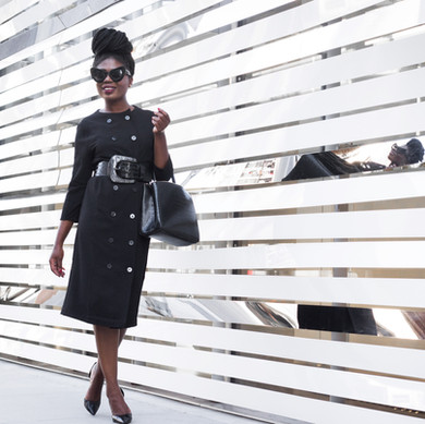 5 Reasons to Own a Little Black Dress
