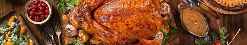 thanksgiving-dinner-gty-jt-171119_12x5_9