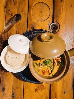 Pollo Tagalo al Curry Verde de Coco Kasiba. Mejor restaurante japonés filipino en Madrid. Mejor sushi en Madrid.