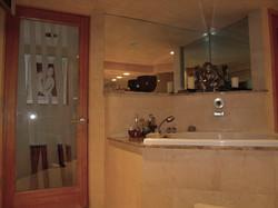 Portfolio Karyns bathroom- etched door detail