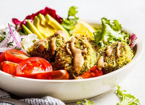 Vegetarian box with falafel