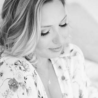 Nicole Boudoir makeup