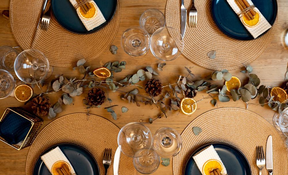 Plan de table noel responsable avec du recyclé et du végétal