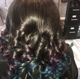 Custom 2-Color Ombré With Curls To finish