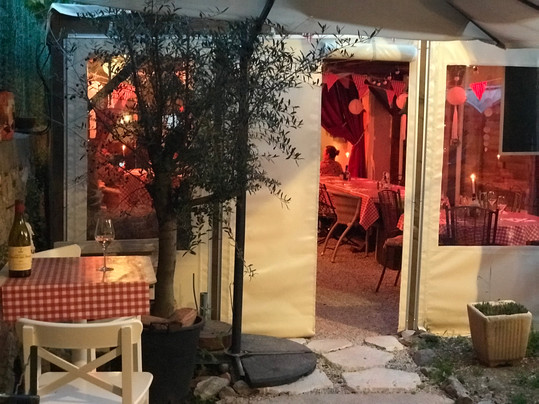 Cave à manger à Saint - Drézéry