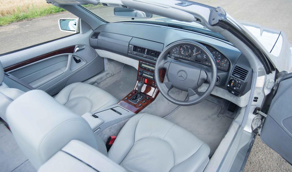 Mercedes SL320 (621 of 31).jpg