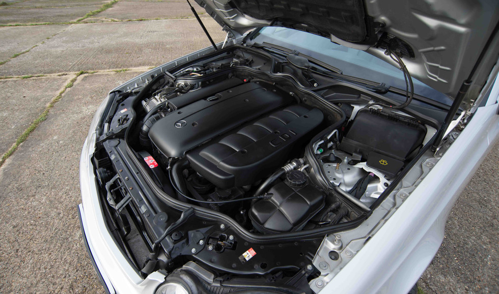 Mercedes E320CDI For Sale UK London  (31 of 49).jpg