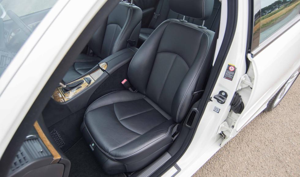 Mercedes E550 (615 of 41).jpg