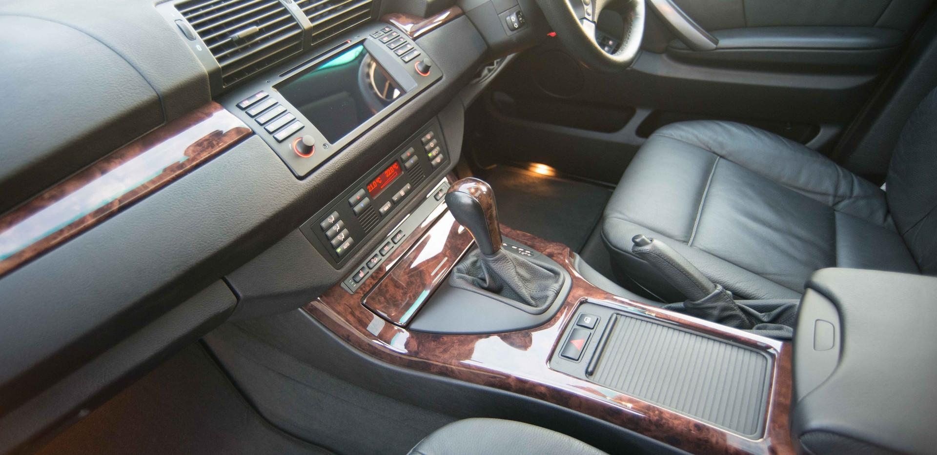 BMW E53 X5 4.4i For Sale UK London  (17