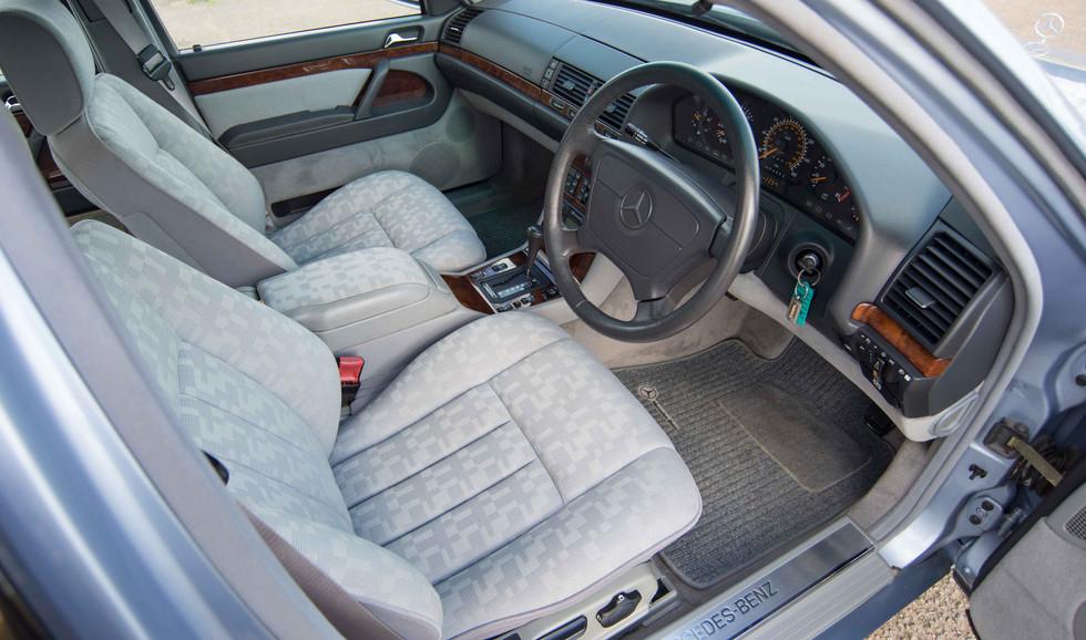 Mercedes 300SE (602 of 29).jpg