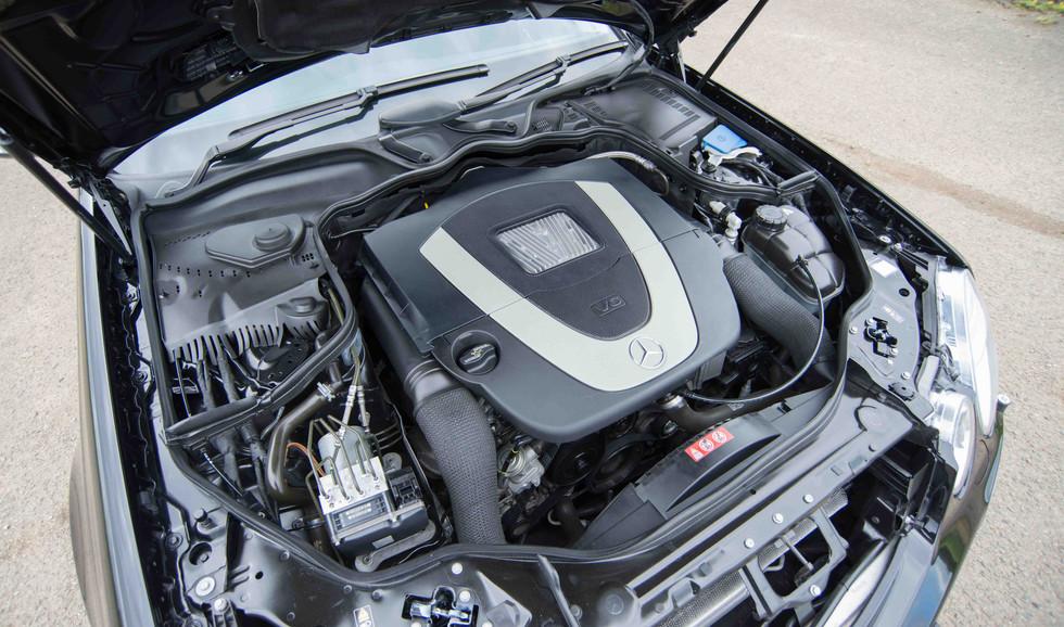 Mercedes W211 E350 (523 of 39).jpg