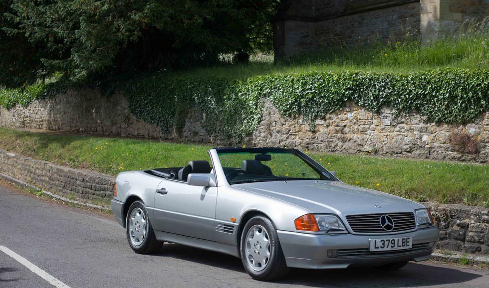 Mercedes R129 500SL (543 of 44).jpg