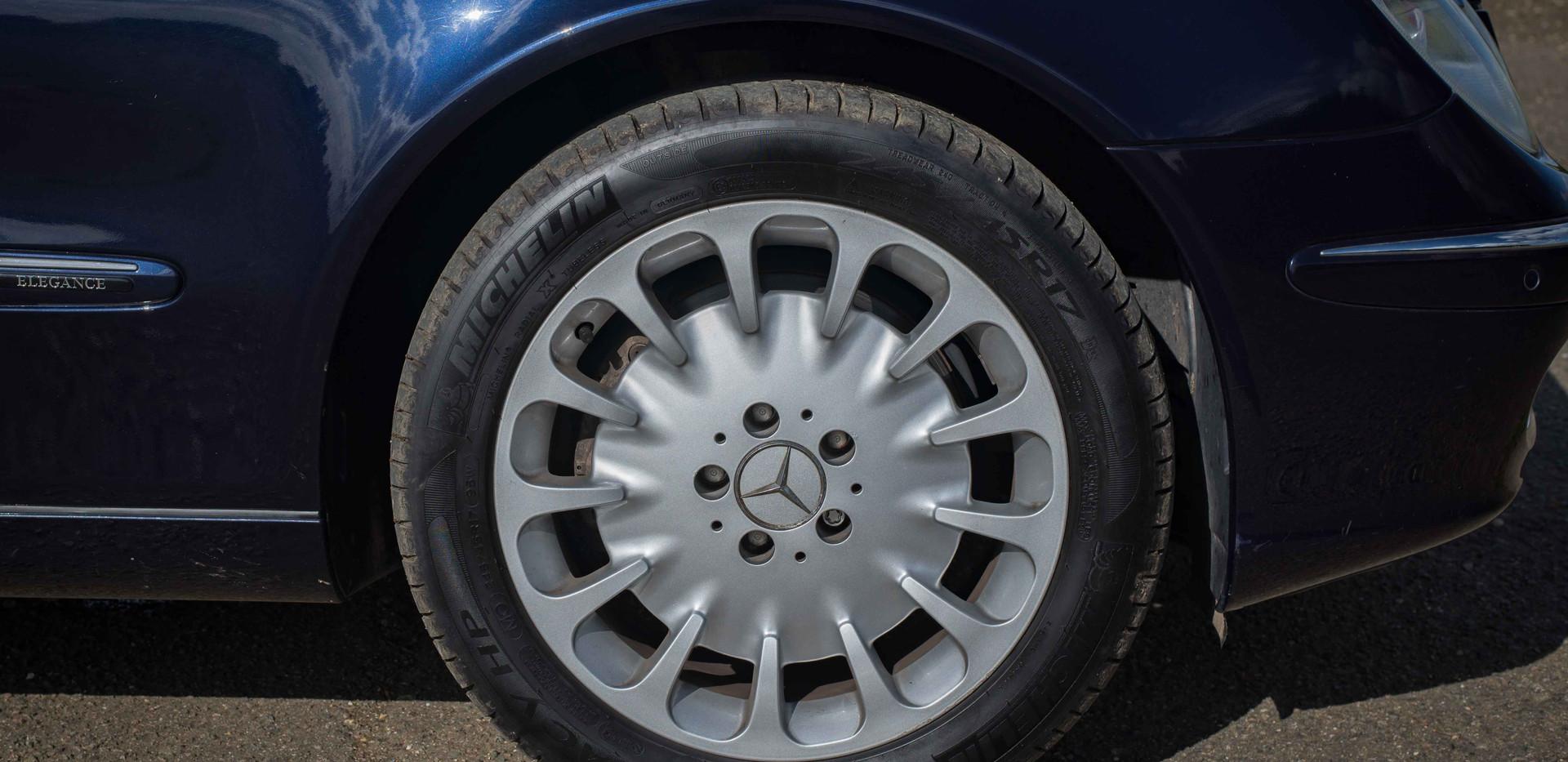 Mercedes E500 For Sale UK London  (22 of