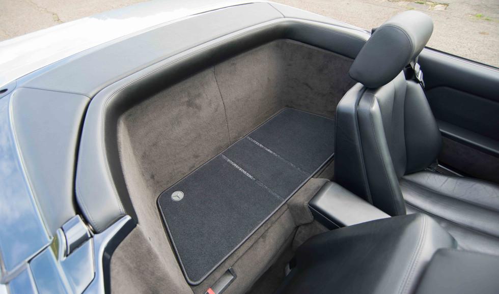 Mercedes R129 500SL (506 of 44).jpg