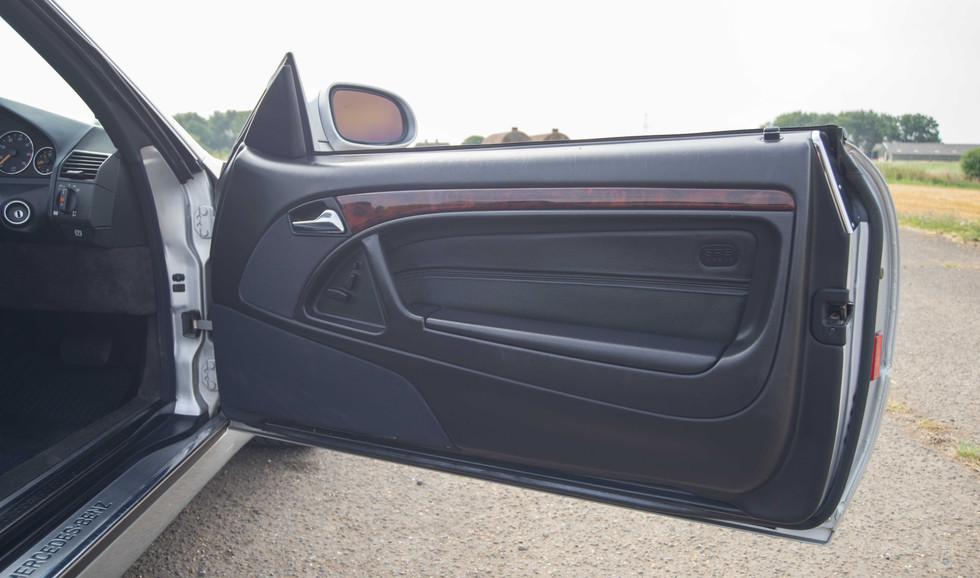 Mercedes SL320 (624 of 35).jpg