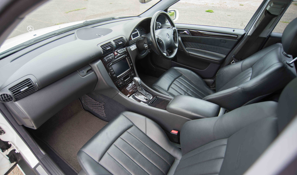 Mercedes C32 AMG Estate (509 of 26).jpg