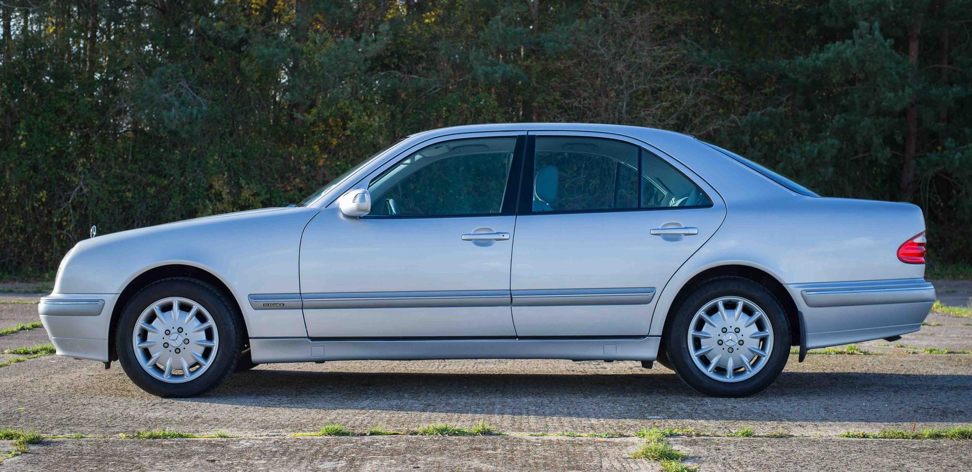 Mercedes E240 For Sale UK London  (22 of