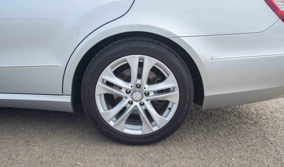 Mercedes E350 Bluetec (613 of 36).jpg
