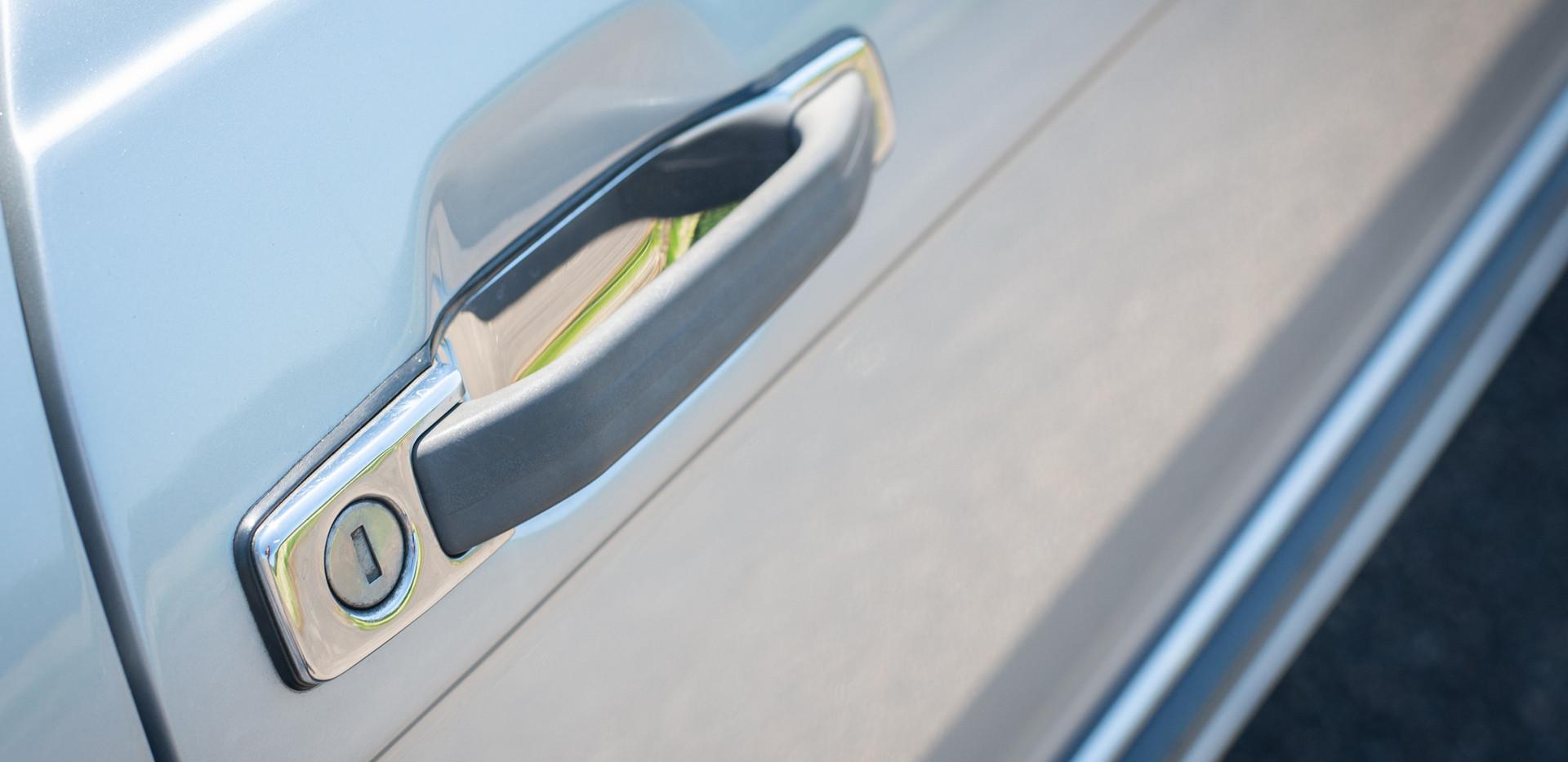R107 300SL Silver C272 RBV-24.jpg