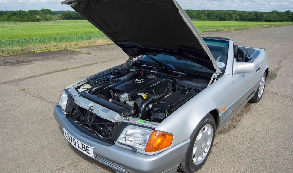 Mercedes R129 500SL (527 of 44).jpg