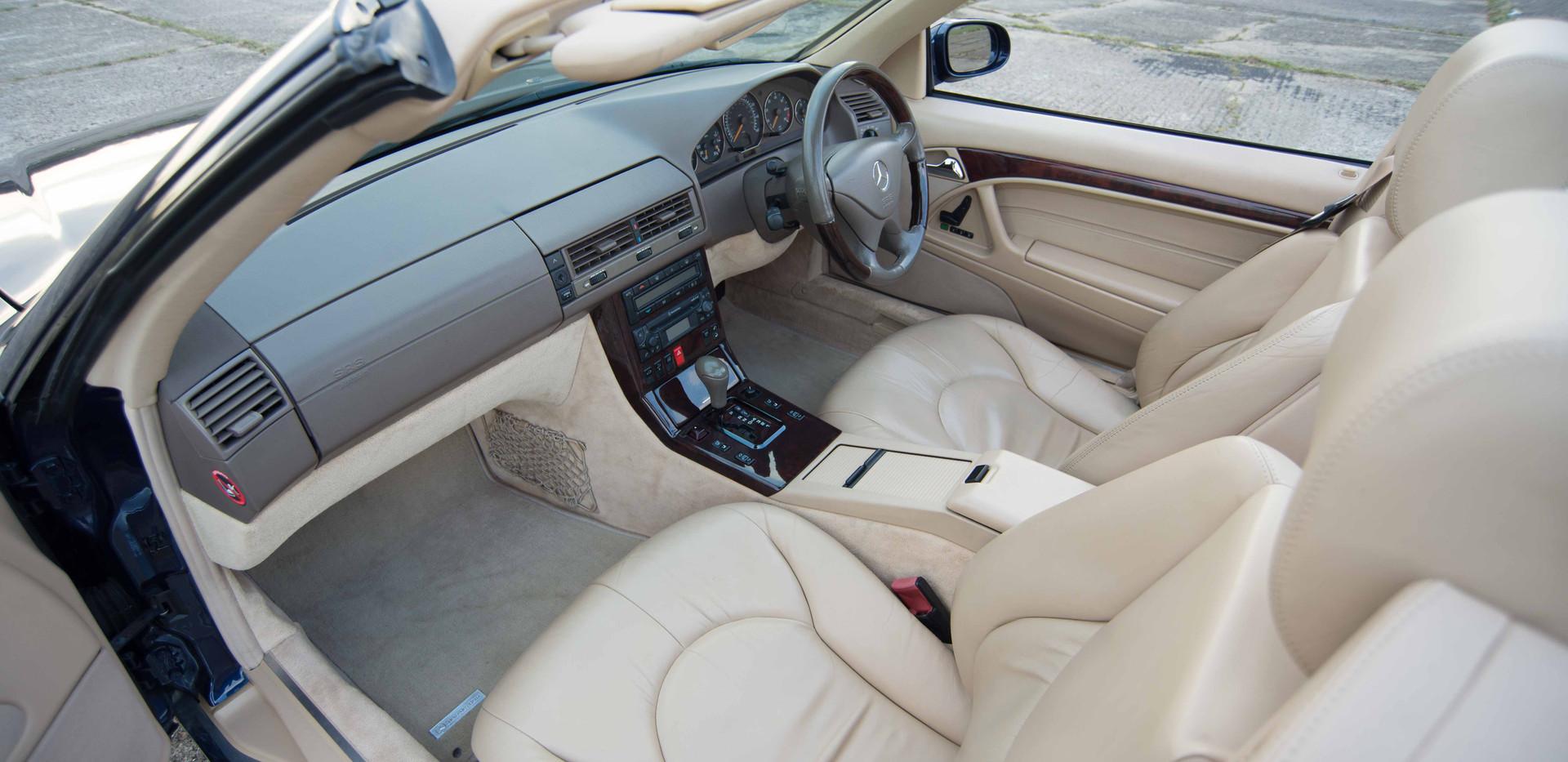 SL500 For Sale UK London  (30 of 36).jpg
