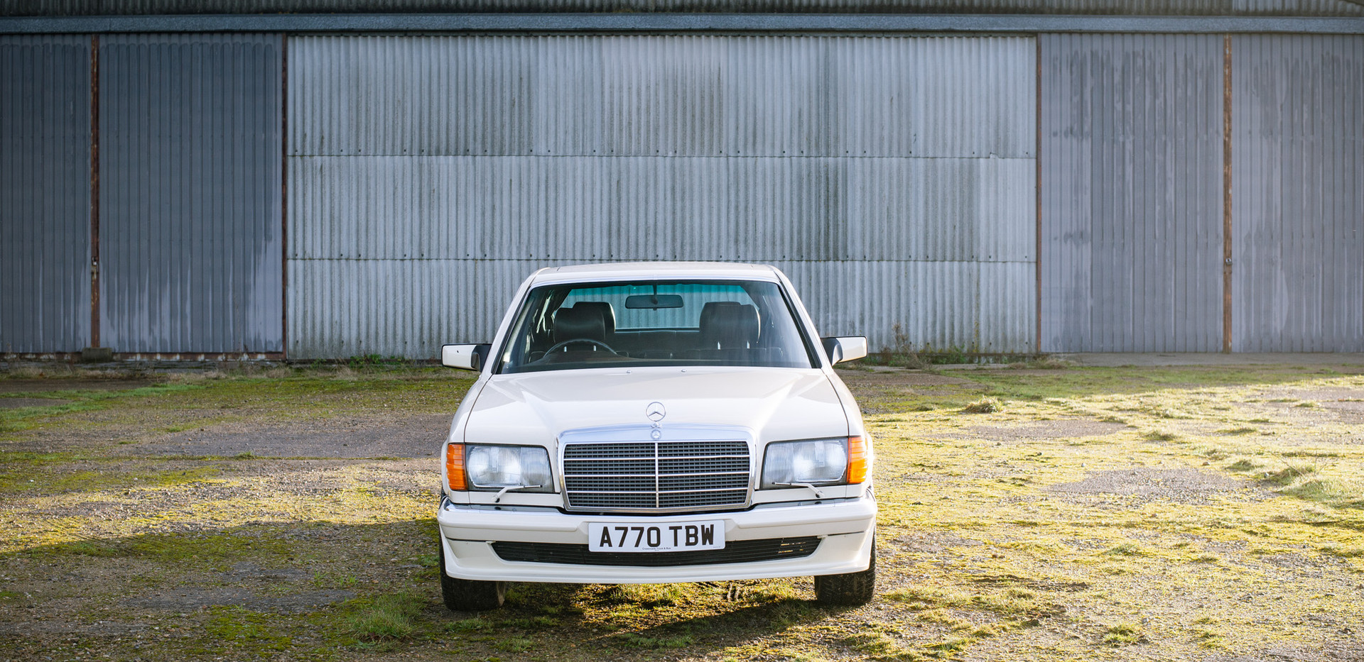 W126 Cream 500SEL for sale uk-2.jpg