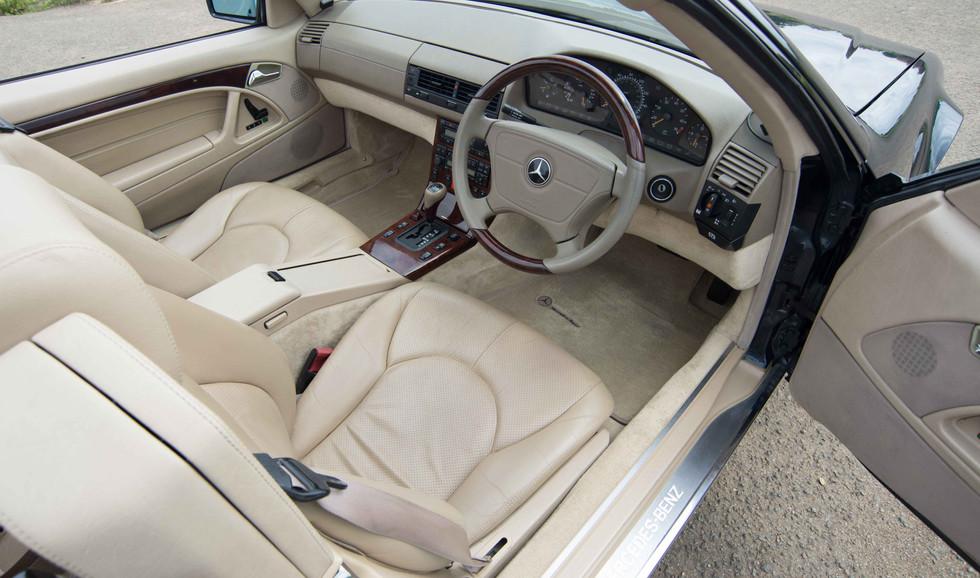 Mercedes R129 SL320 (515 of 24).jpg