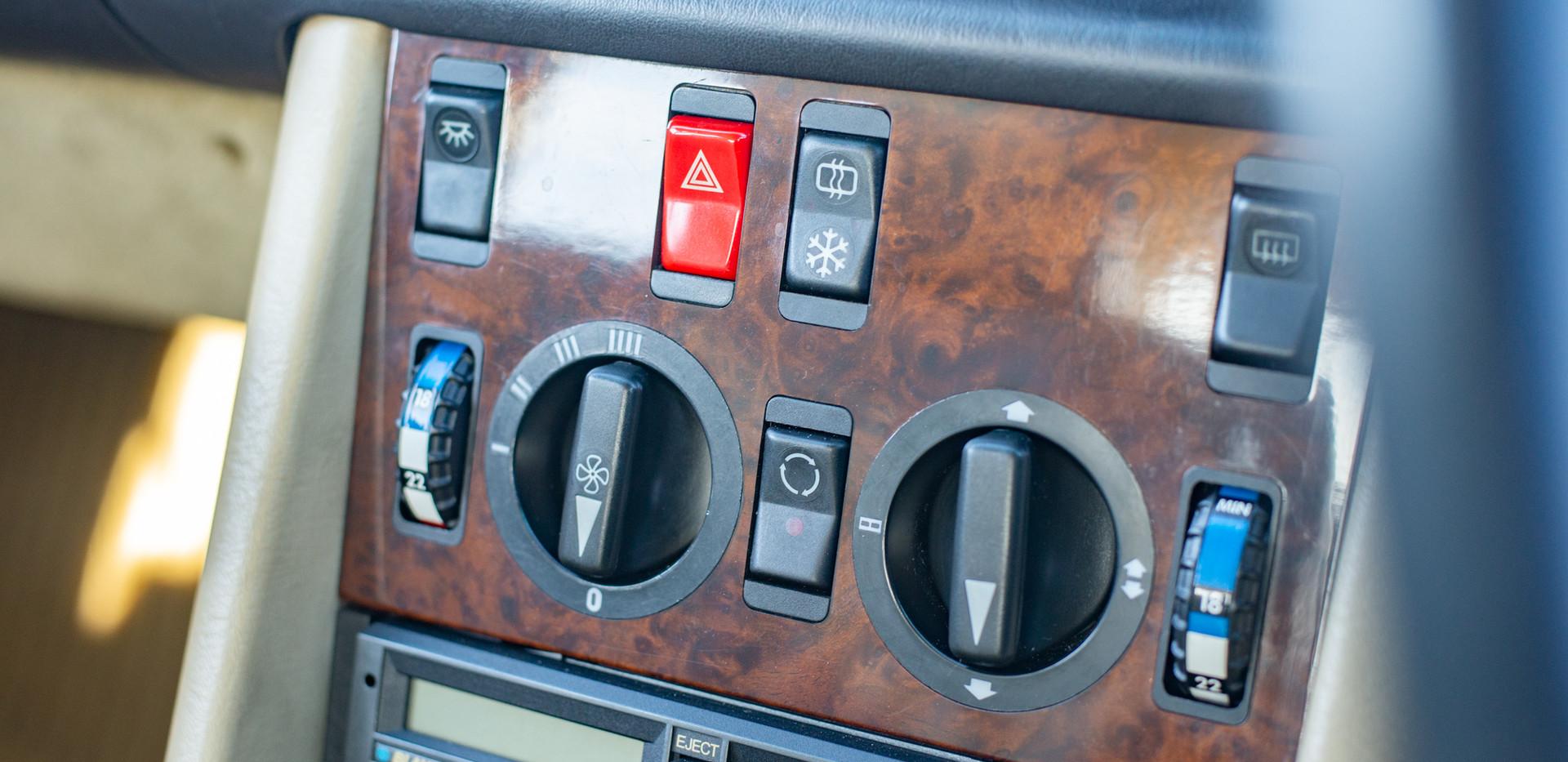 W126 420SEL E3TGW For Sale London-34.jpg