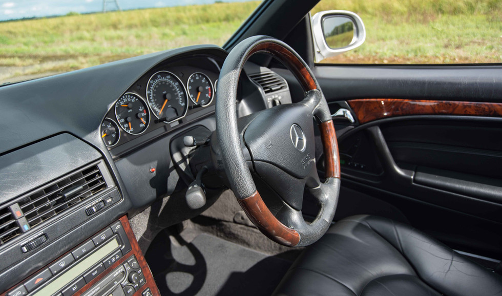 Mercedes SL320 (620 of 34).jpg