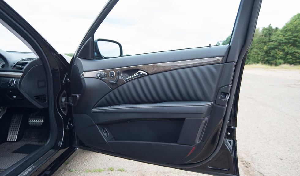 Mercedes W211 E350 (514 of 39).jpg
