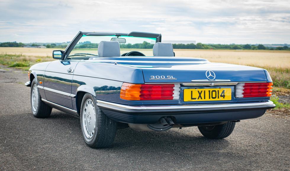 300SL 107 Blue for sale Uk london-13.jpg