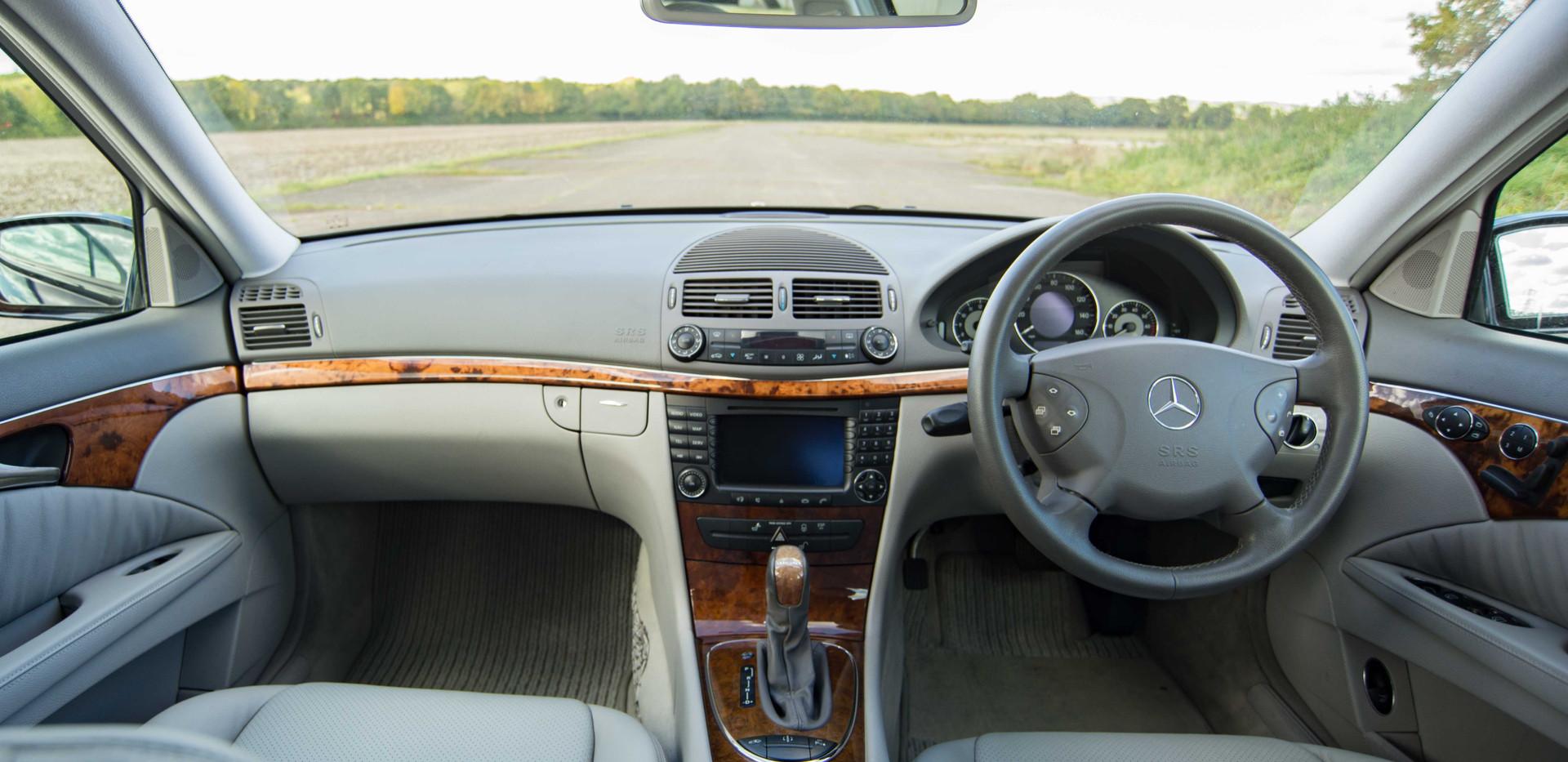 Mercedes E500 For Sale UK London  (45 of