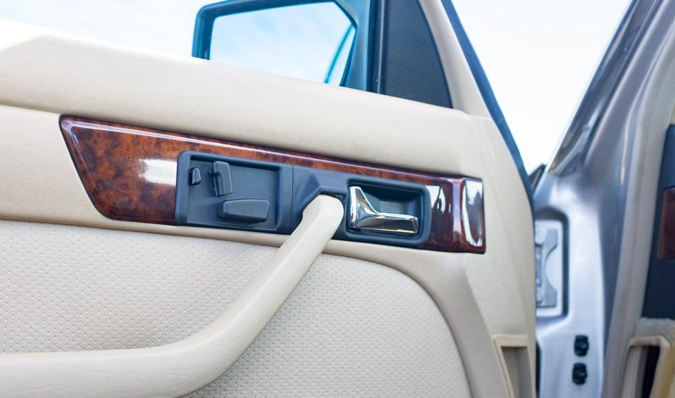 W126 420SEL E3TGW For Sale London-18.jpg