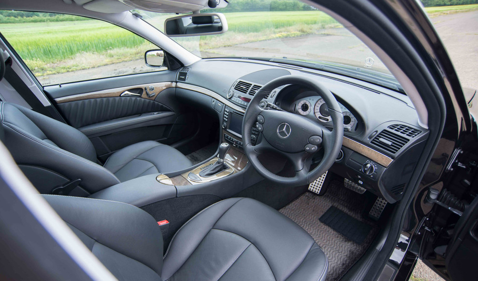 Mercedes W211 E350 (510 of 39).jpg