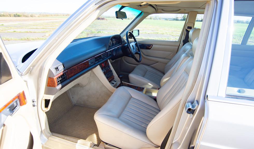 W126 420SEL E3TGW For Sale London-28.jpg