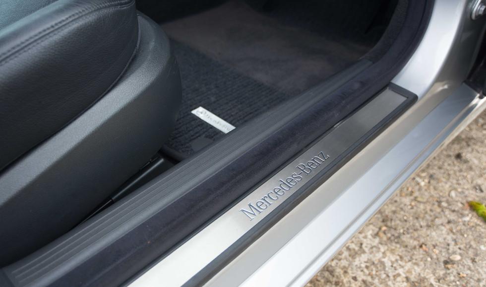 Mercedes E320CDI For Sale UK London  (18 of 49).jpg