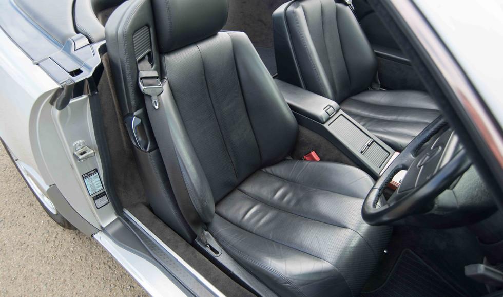 Mercedes R129 500SL (505 of 44).jpg