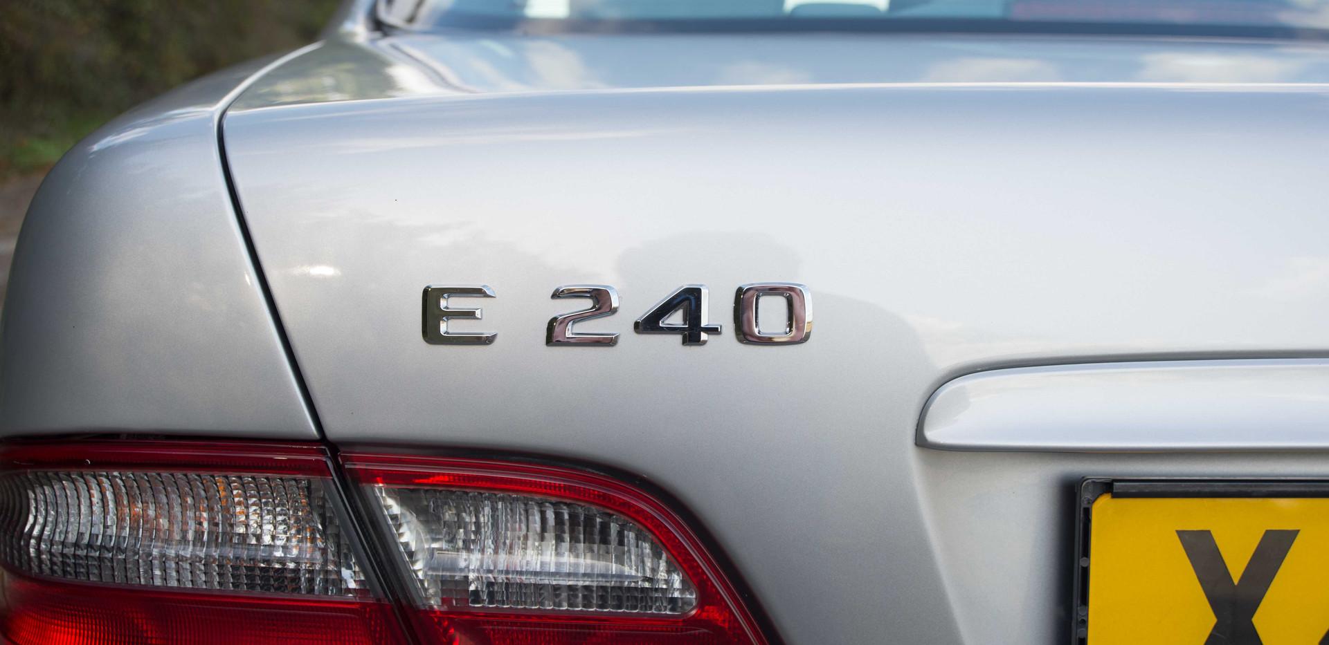 Mercedes E240 For Sale UK London  (43 of