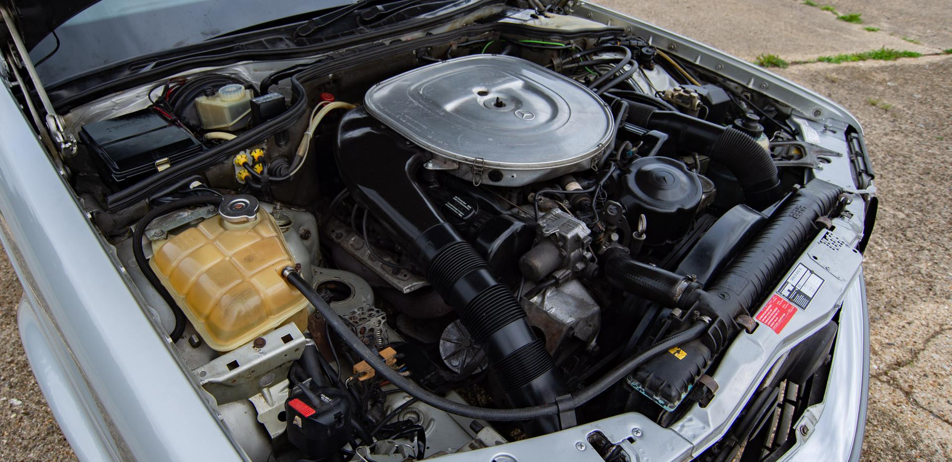 W126 420SEC - Uk for sale london-49.jpg