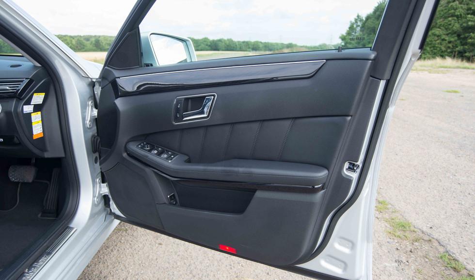 Mercedes E350 Bluetec (602 of 36).jpg