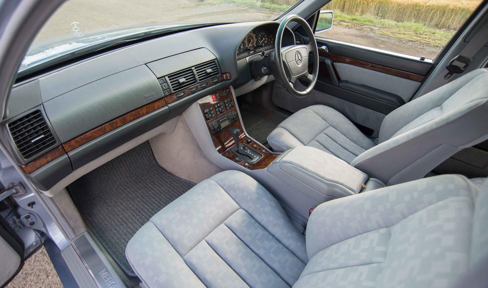 Mercedes 300SE (608 of 29).jpg