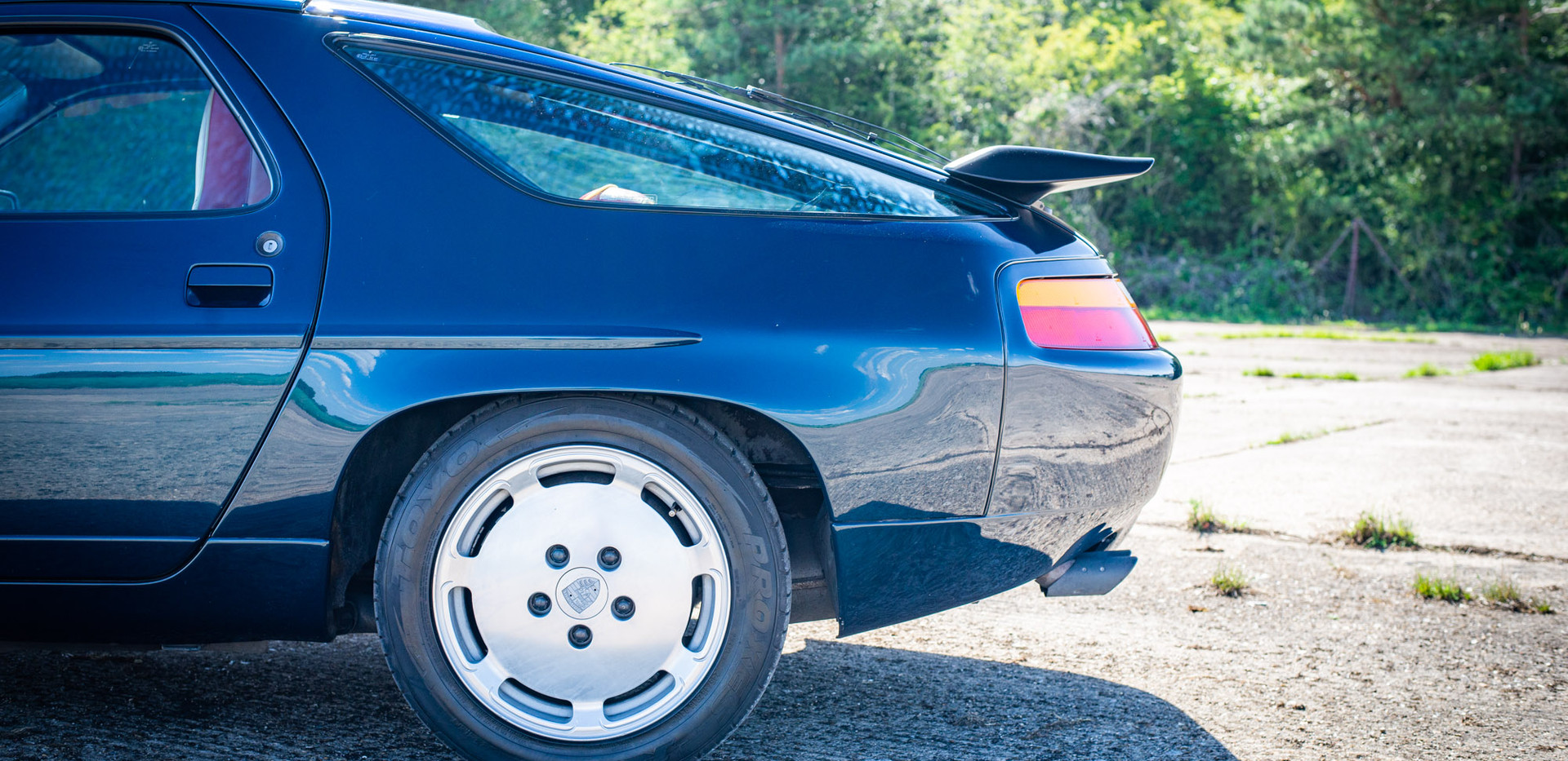 Porsche_928_ForSale Uk London-10.jpg