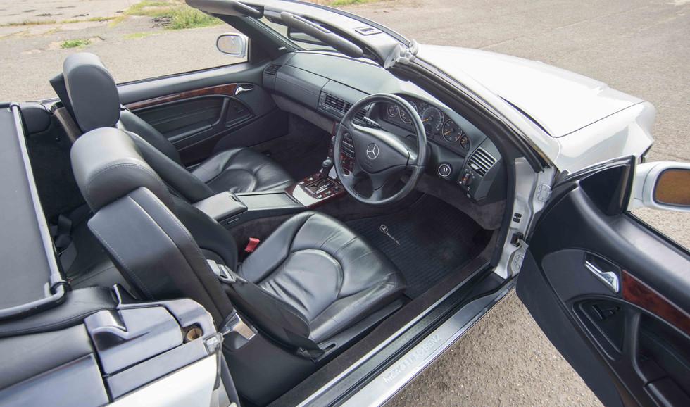 Mercedes SL320 (623 of 35).jpg