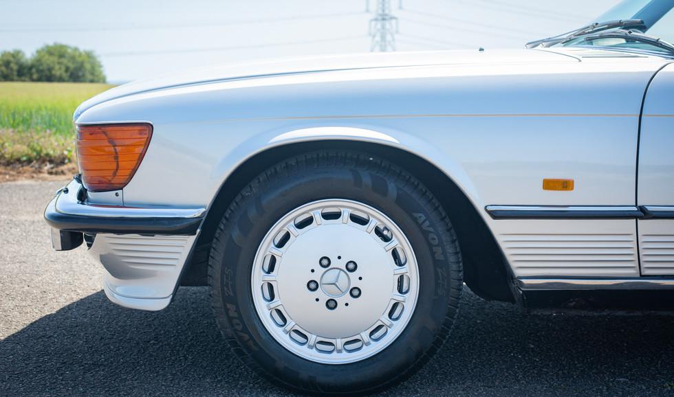 R107 300SL Silver C272 RBV-9.jpg