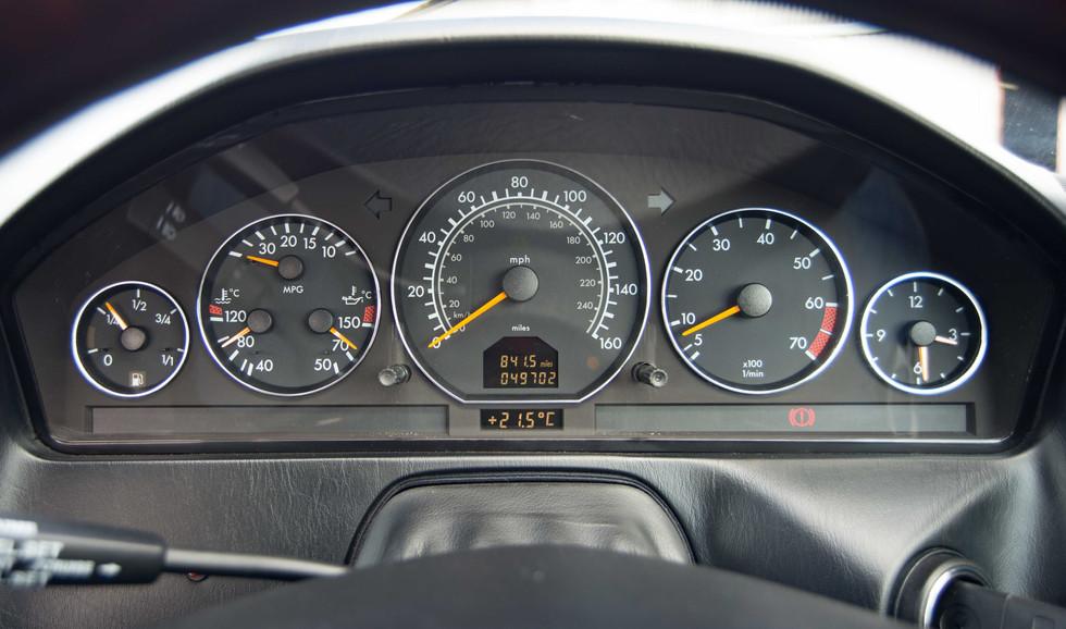 Mercedes SL320 (633 of 34).jpg